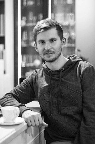 Александр Бриллиантов ведущий дизайнер, руководитель студии AB-spb.